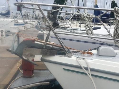 File:Anchor Port Side (resized).jpg