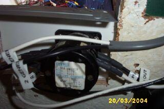 File:BuildingElectricalPanel09.jpg